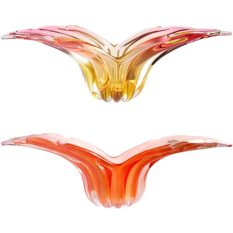 Barbini Murano Sommerso and Solid Orange Hues Italian Art Glass Wing Bowls For Sale