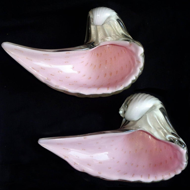 Alfredo Barbini Murano White Pink Gold Flecks Italian Art Glass Seashell Bowls In Excellent Condition For Sale In Kissimmee, FL