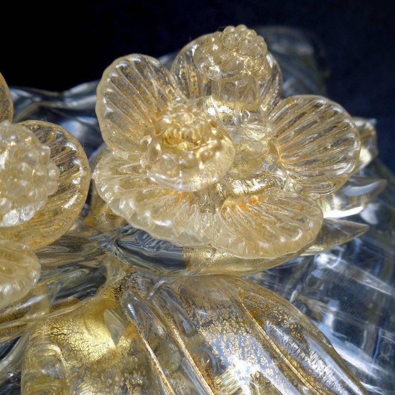 20th Century Seguso Vetri d'Arte Murano Diamond Quilted Gold Italian Art Glass Flower Vase For Sale