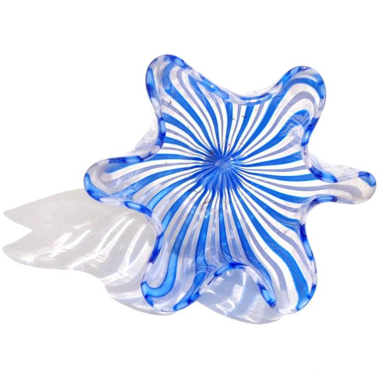Hand-Crafted Bianconi Venini Murano Filigrana Stripes Italian Art Glass Fazzoletto Vases For Sale