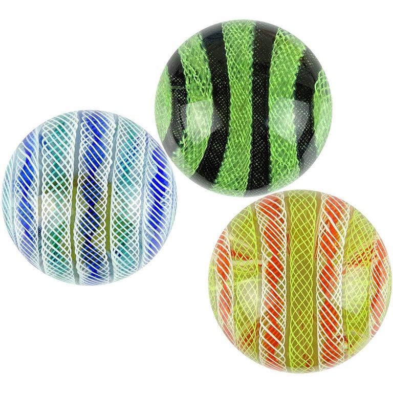 Archimede Seguso Murano Zanfirico Twist Ribbons Italian Art Glass Paperweights For Sale