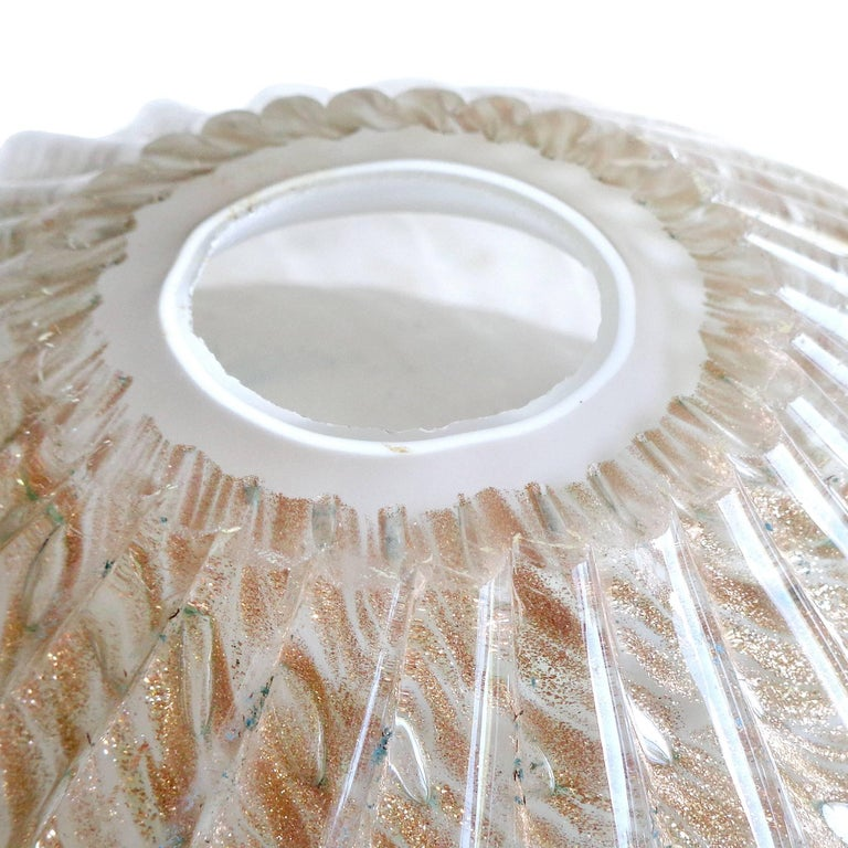 Huge Murano Aventurine Flecks and Bubbles Italian Art Glass Centrepiece Bowl For Sale 1