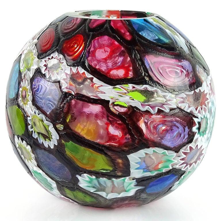 Mid-Century Modern Fratelli Toso Murano Millefiori Flower Star Mosaic Italian Art Glass Flower Vase For Sale