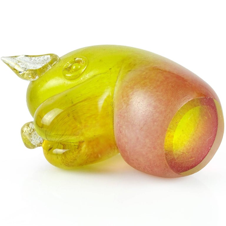 Murano Yellow Pink Gold Flecks Italian Art Glass Puppy Sculpture Paperweight In Good Condition For Sale In Kissimmee, FL