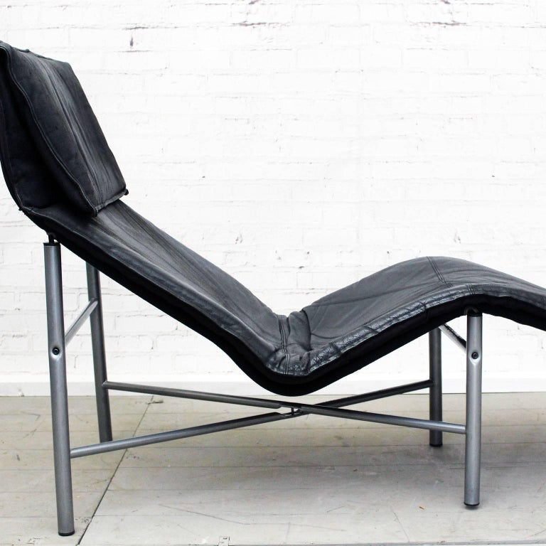 Late 1970s Black Leather Chaise Longue by Tord Bjorklund For Sale at on chaise sofa sleeper, chaise recliner chair, chaise furniture,