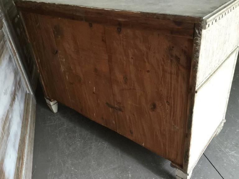 Period Swedish Gustavian Chest of Drawers For Sale 4