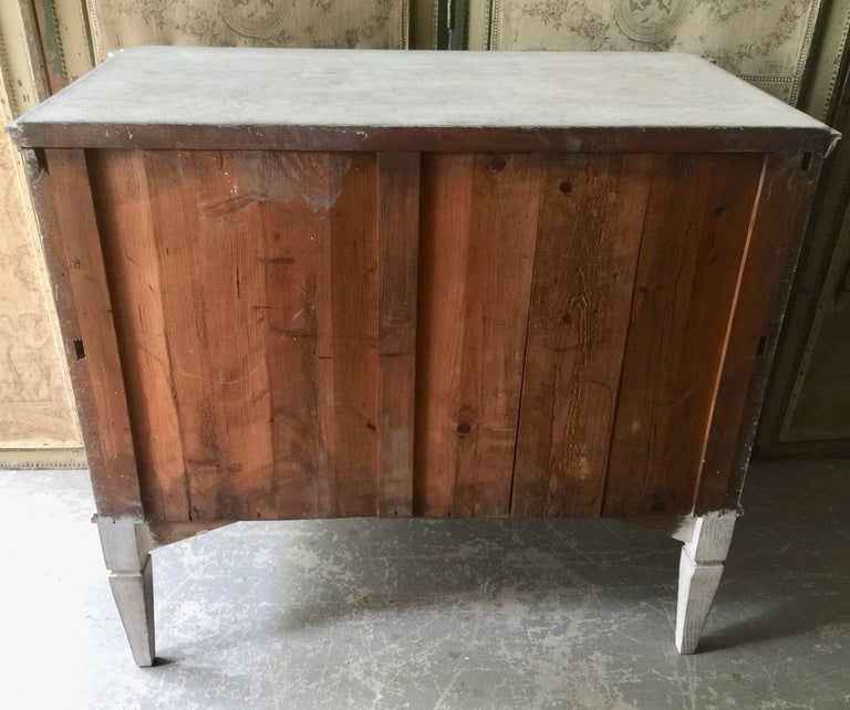 19th Century Gustavian Period Chest of Drawers For Sale 1
