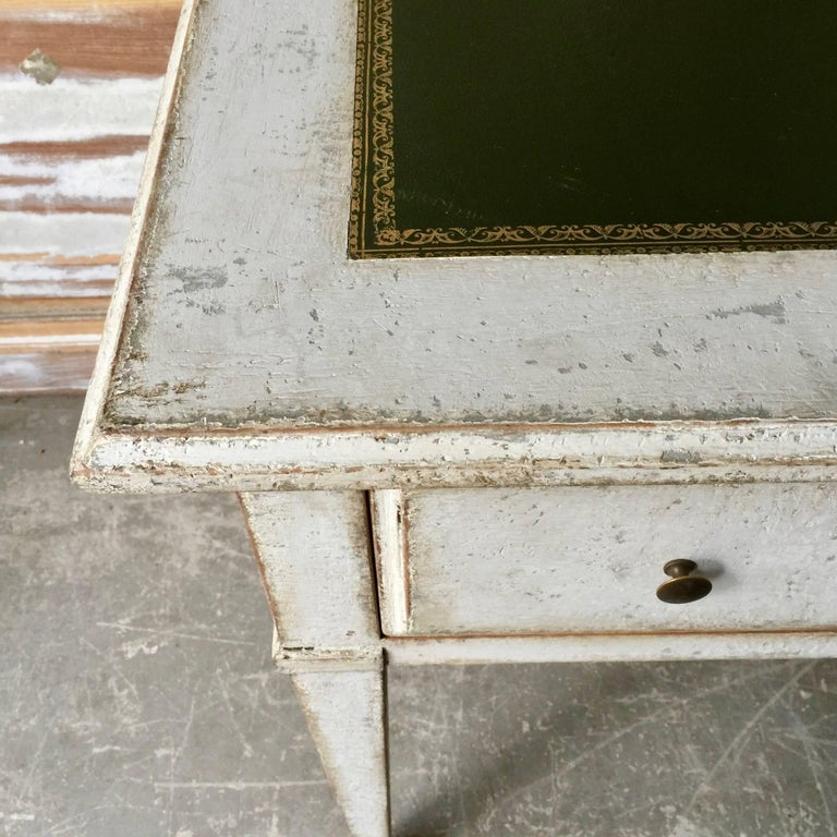 19th Century Painted Bureau Plat In Good Condition For Sale In Charleston, SC