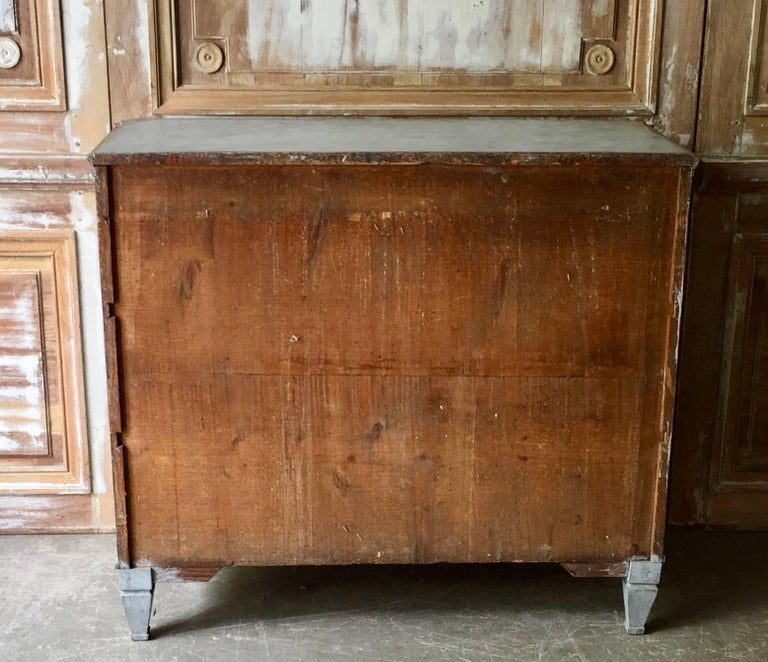 19th Century Swedish Gustavian Chest of Drawers For Sale 1