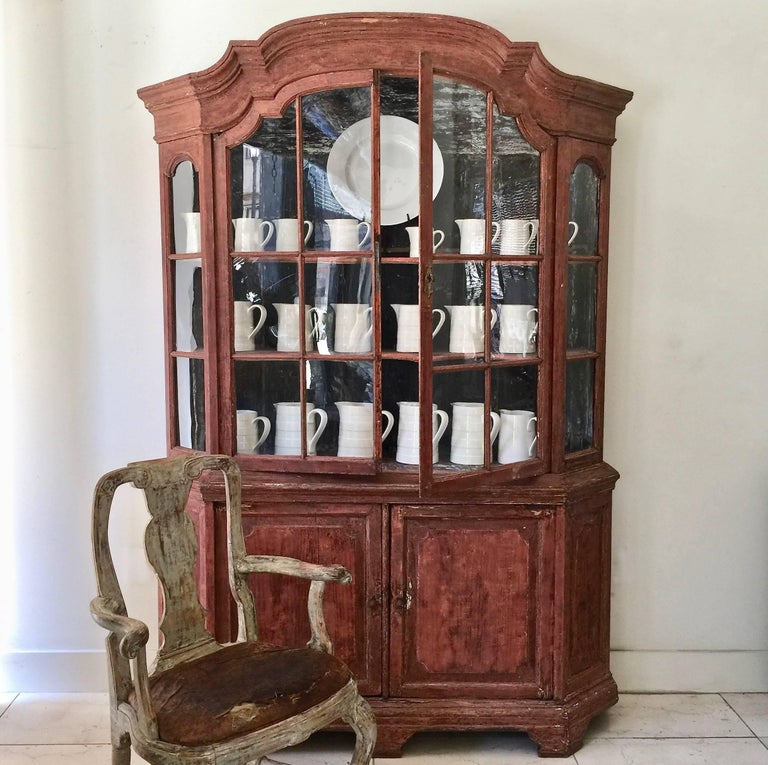 18th Century Dutch Vitrine Cabinet For Sale 4