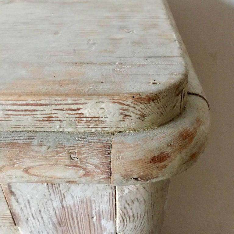 19th Century Swedish Gustavian Sideboard For Sale 1