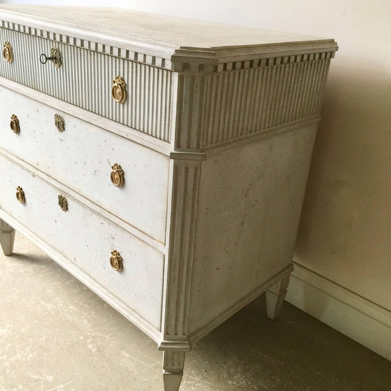Swedish Gustavian Chest of Drawers In Good Condition For Sale In Charleston, SC