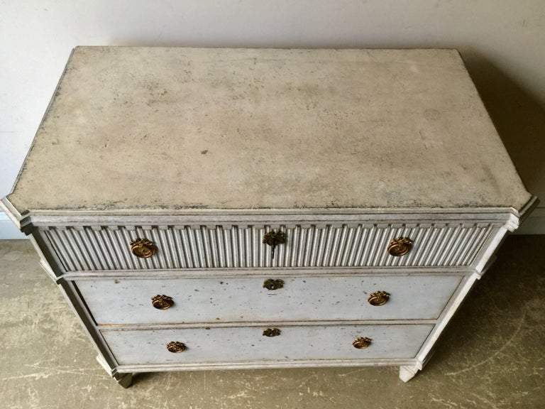 19th Century Swedish Gustavian Chest of Drawers For Sale