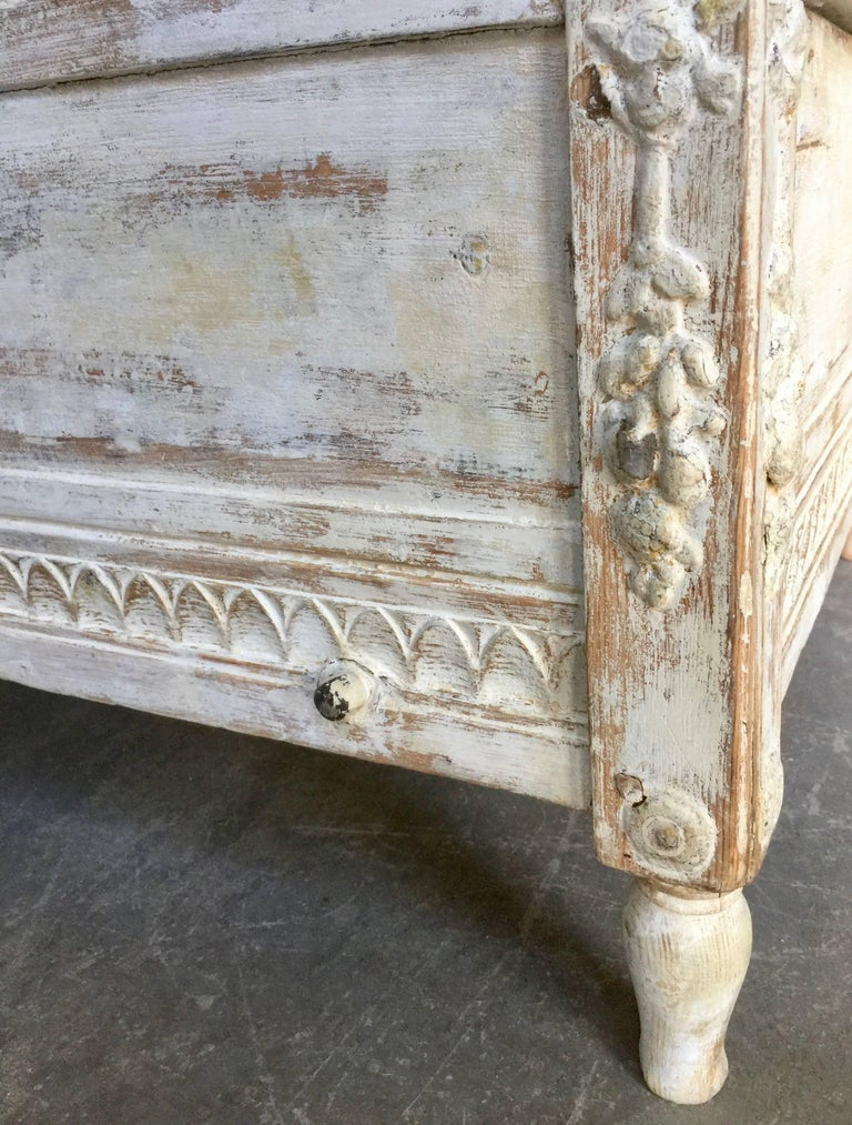 19th Century Gustavian Sofa Bed For Sale 4