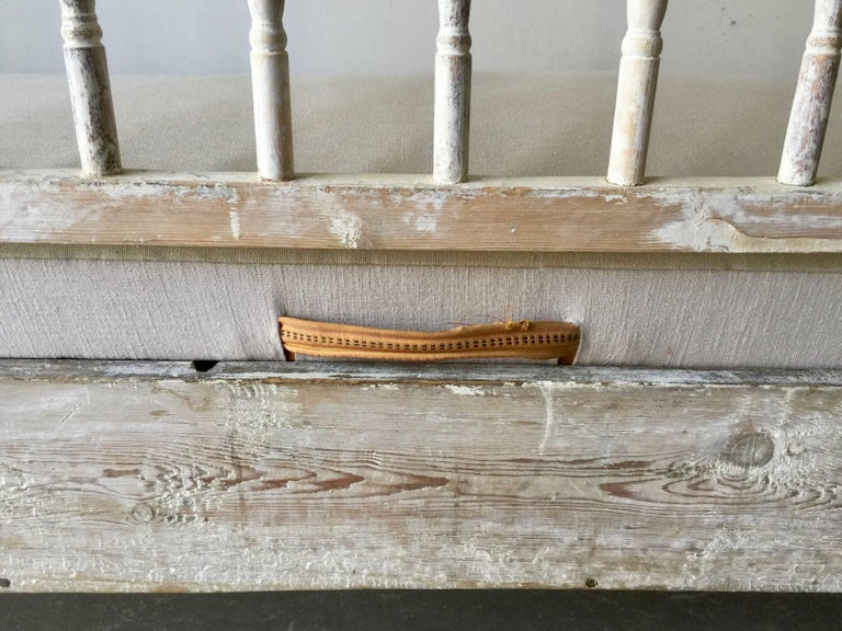 19th Ccentury Gustavian Sofa Bed For Sale 1