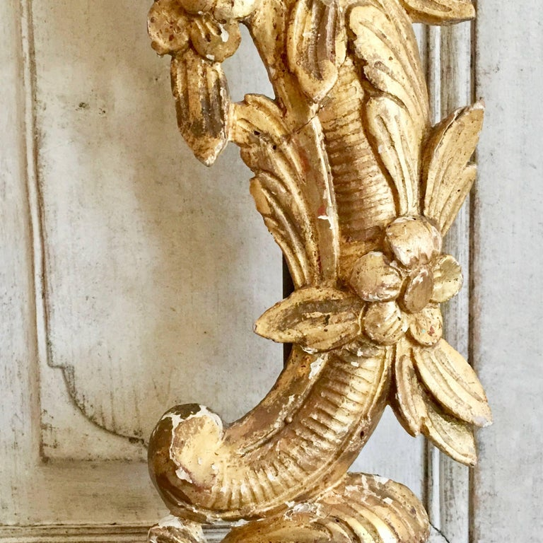 Pair of 19th Century French Architectural Gold Gilt Fragments as Lamps For Sale 1