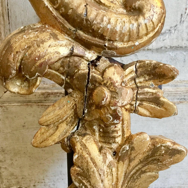 Linen Pair of 19th Century French Architectural Gold Gilt Fragments as Lamps For Sale