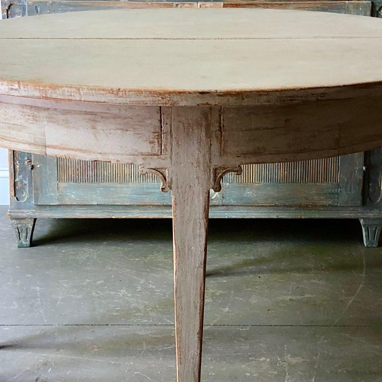 Pine Early 19th Century Swedish Period Gustavian Extending Table For Sale