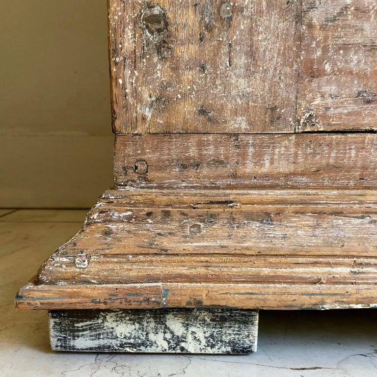 18th Century Swedish Gustavian Period Cabinet For Sale 7