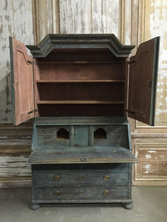 Hand-Crafted Early 19th Century Period Swedish Gustavian Secretaire Cabinet