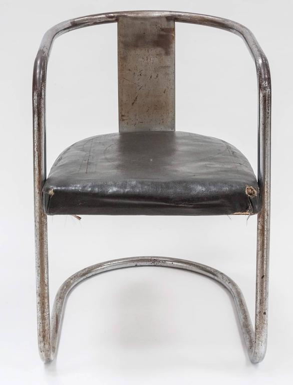 Modernist Chromed Steel Tubular Chair from the Art Deco Period 3