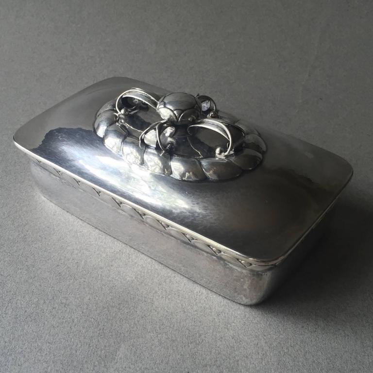 georg jensen 830 silver keepsake box no 166 for sale at 1stdibs. Black Bedroom Furniture Sets. Home Design Ideas