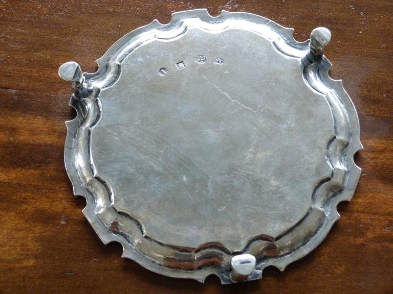 Rococo George II Silver Salver, Mark of George Hindmarsh, London, 1734 For Sale