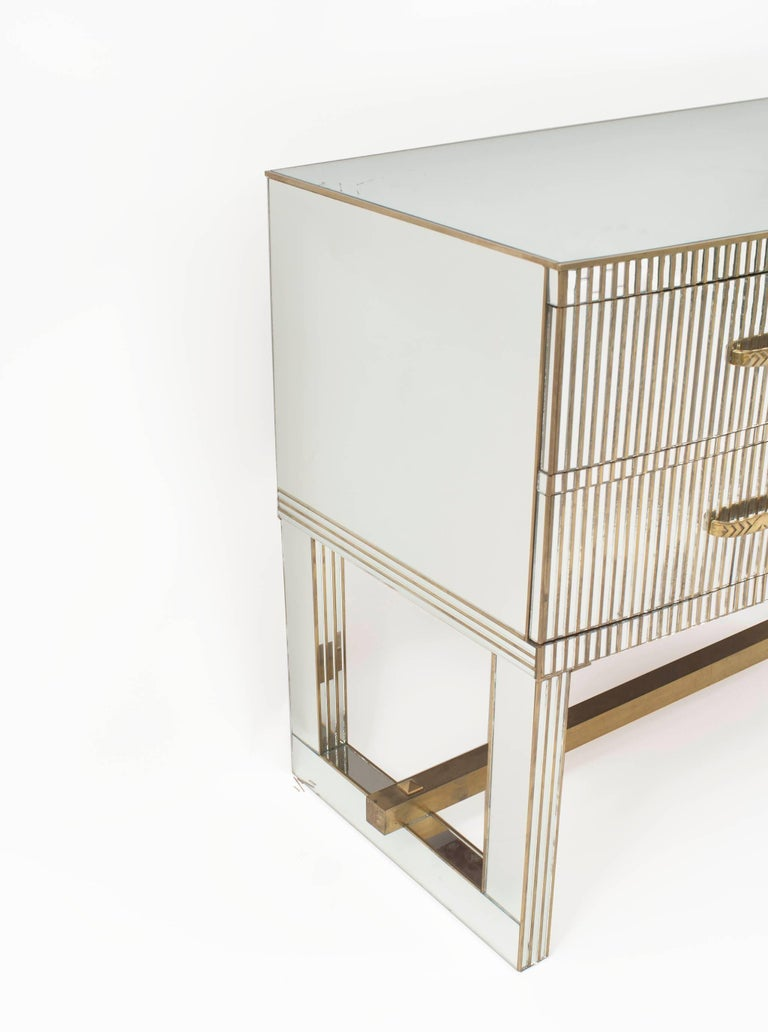 Pair of French Midcentury 1950s Bow Front Mirrored Chests 1