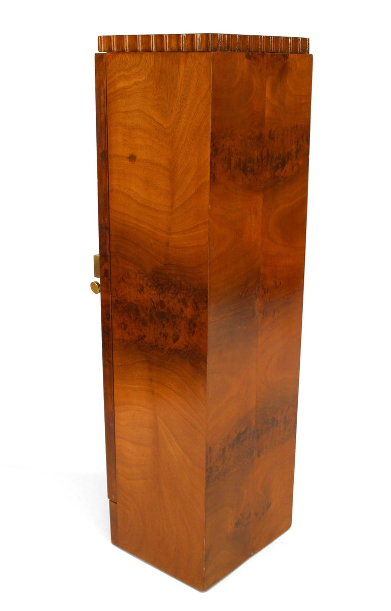 20th Century Pair of French Art Deco Pedestals Cabinets For Sale