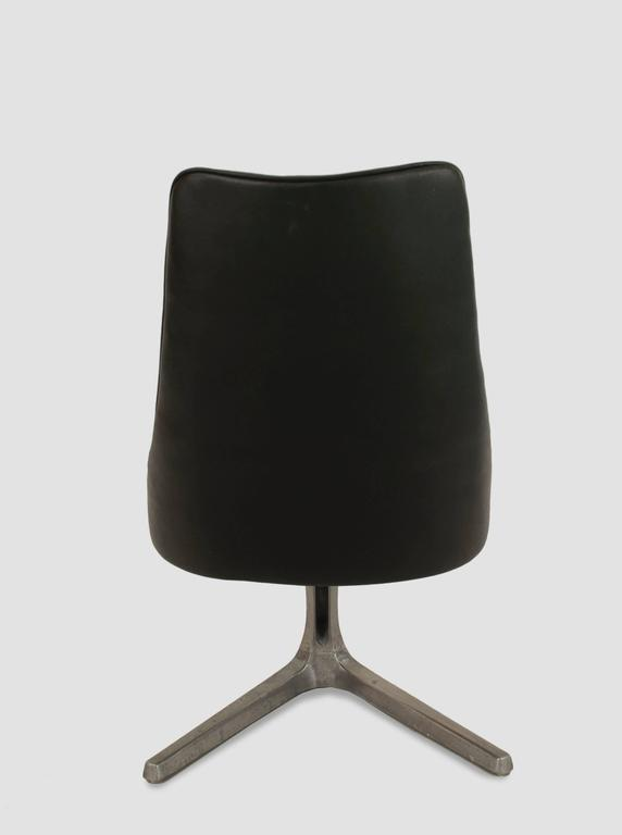 Mid Century Modern 1960s American Ch 1966 Black Faux Leather Swivel Chair By Chromcraft For