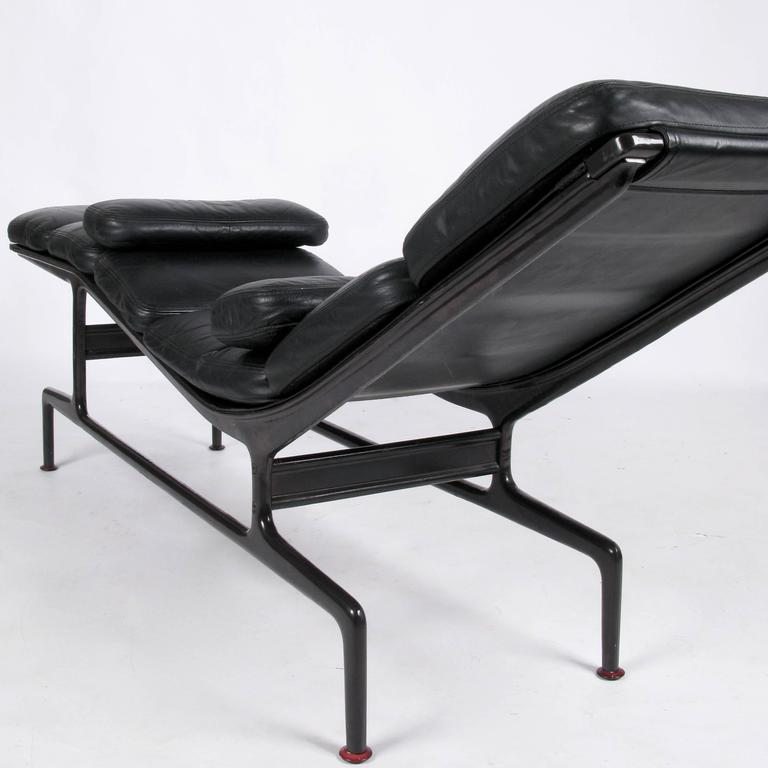 Billy wilder chaise by ray and charles eames at 1stdibs - Charles eames chaise ...