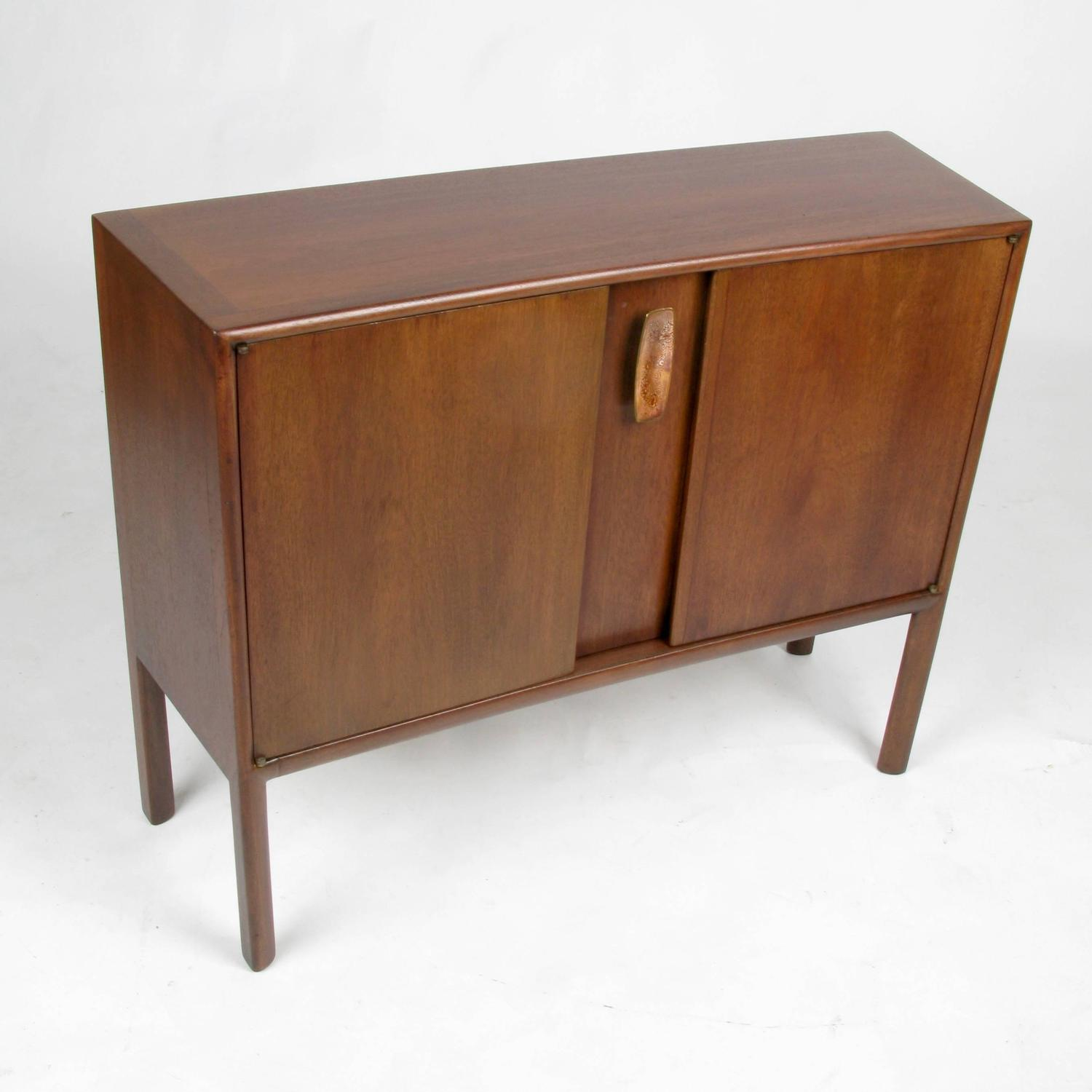 petite ray sabota walnut console at 1stdibs. Black Bedroom Furniture Sets. Home Design Ideas
