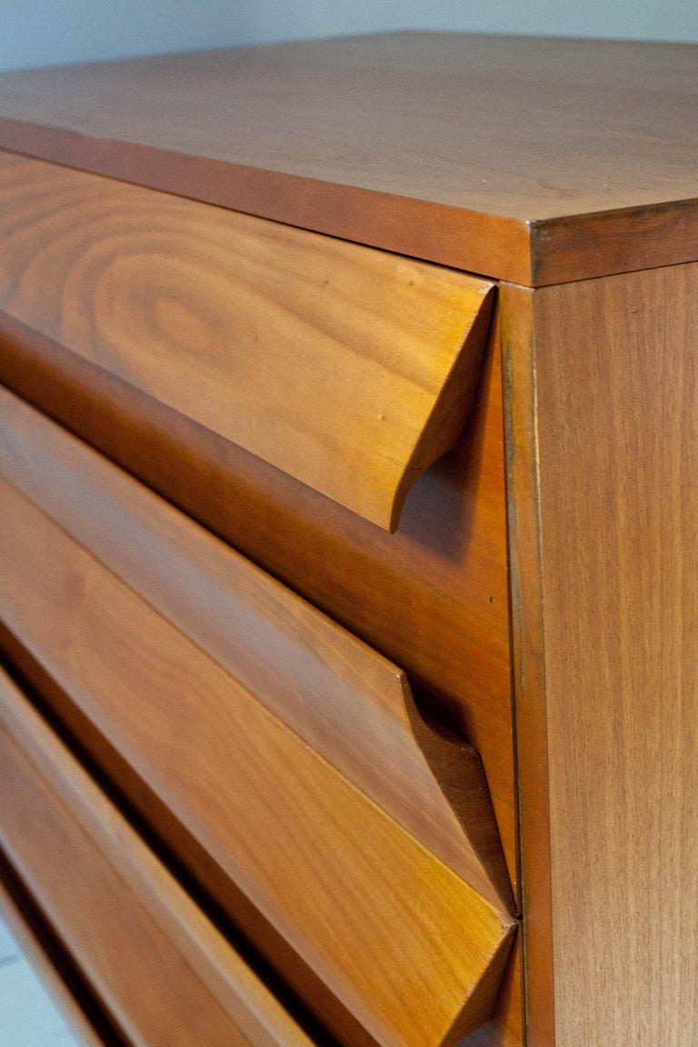 Late 20th Century Oiled White Oak Italian Chest of Drawers For Sale