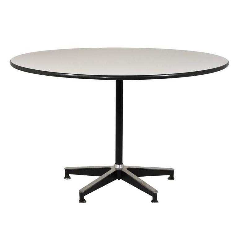 herman miller style dining table for sale at 1stdibs. Black Bedroom Furniture Sets. Home Design Ideas