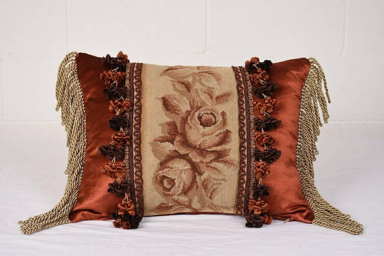 Set of Three French Antique Tapestry Throw Pillows In Excellent Condition For Sale In Los Angeles, CA