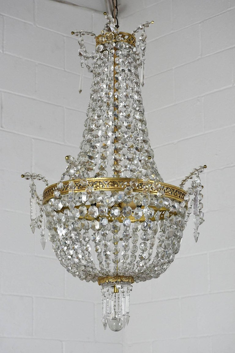 Antique Hollywood Regency-Style Brass and Crystal Basket Chandelier In Excellent Condition For Sale In Los Angeles, CA