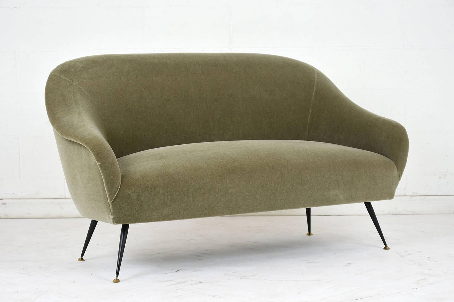 Beau This 1960s Italian Mid Century Modern Style Sofa Is Designed By Antonio  Gorgone.