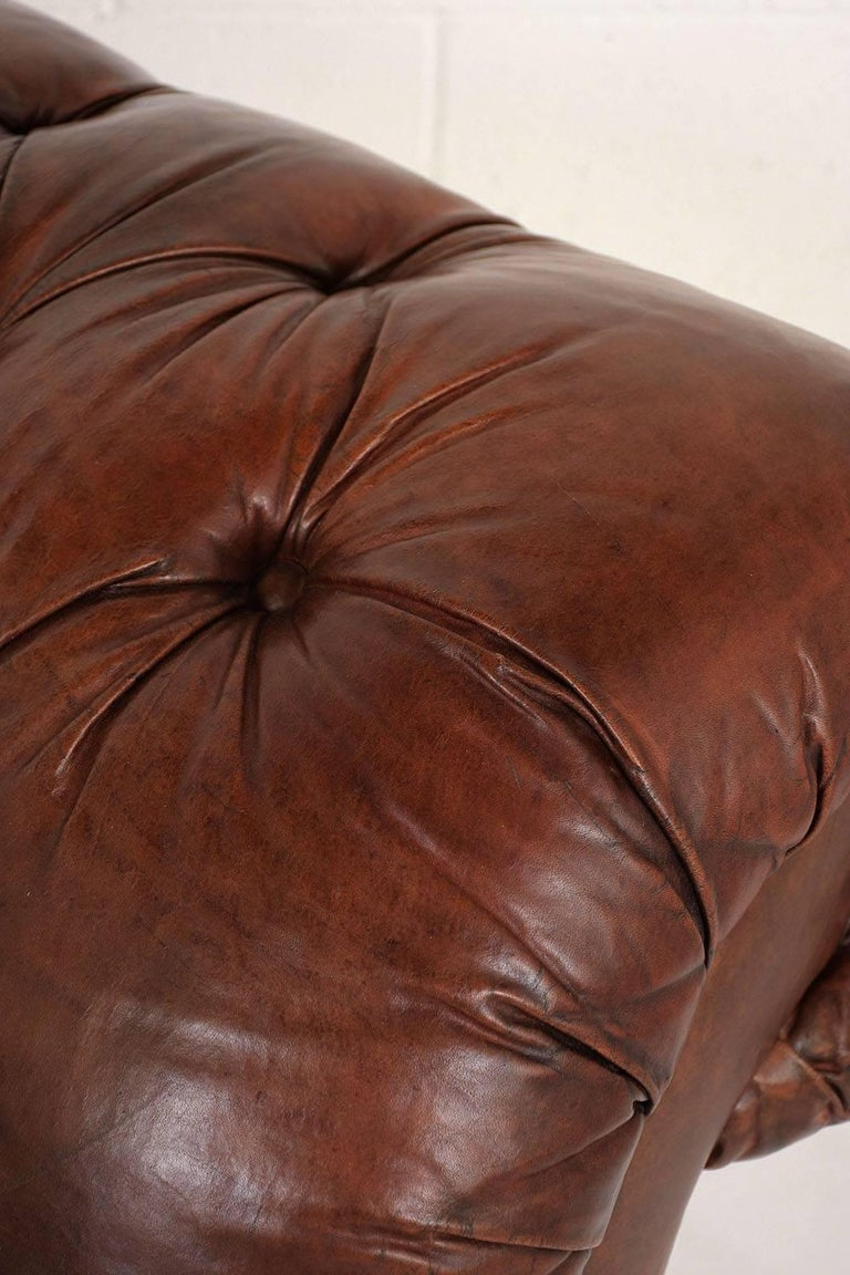 Hickory Chesterfield Tufted Leather Sofa For Sale 2