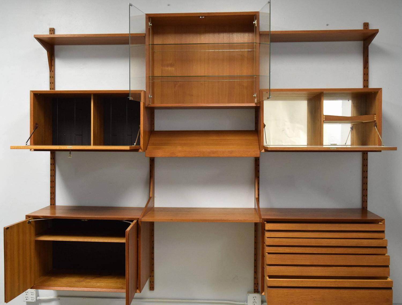 mid century modern adjustable wall shelving unit for sale. Black Bedroom Furniture Sets. Home Design Ideas