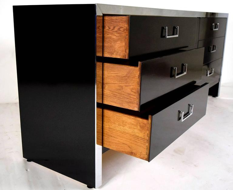 Mid-Century Modern Chrome Credenza or Chest of Drawers In Excellent Condition For Sale In Los Angeles, CA