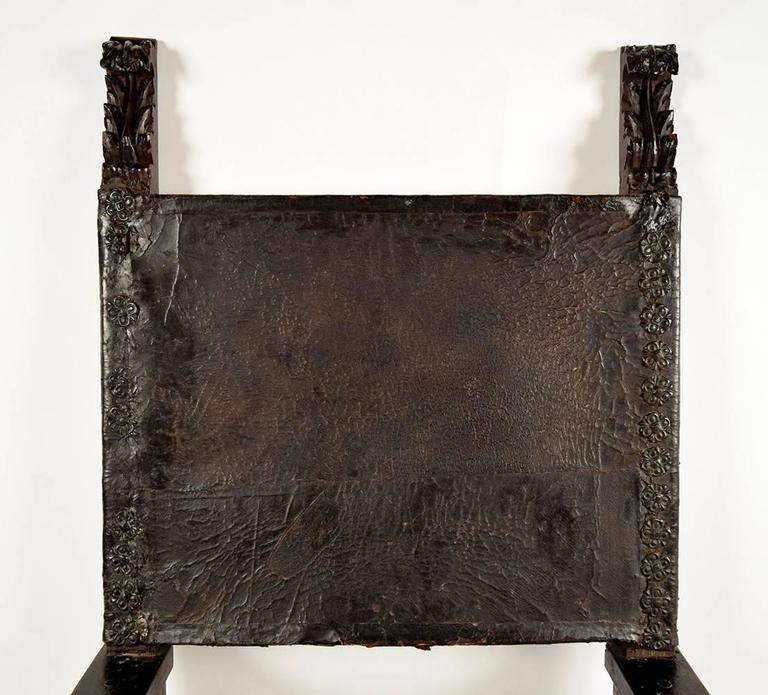 Carved Pair of 18th Century Spanish Colonial Throne Chairs For Sale