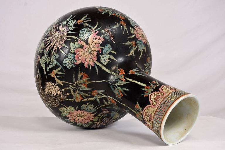 Chinoiserie Large Oriental Porcelain Vase For Sale
