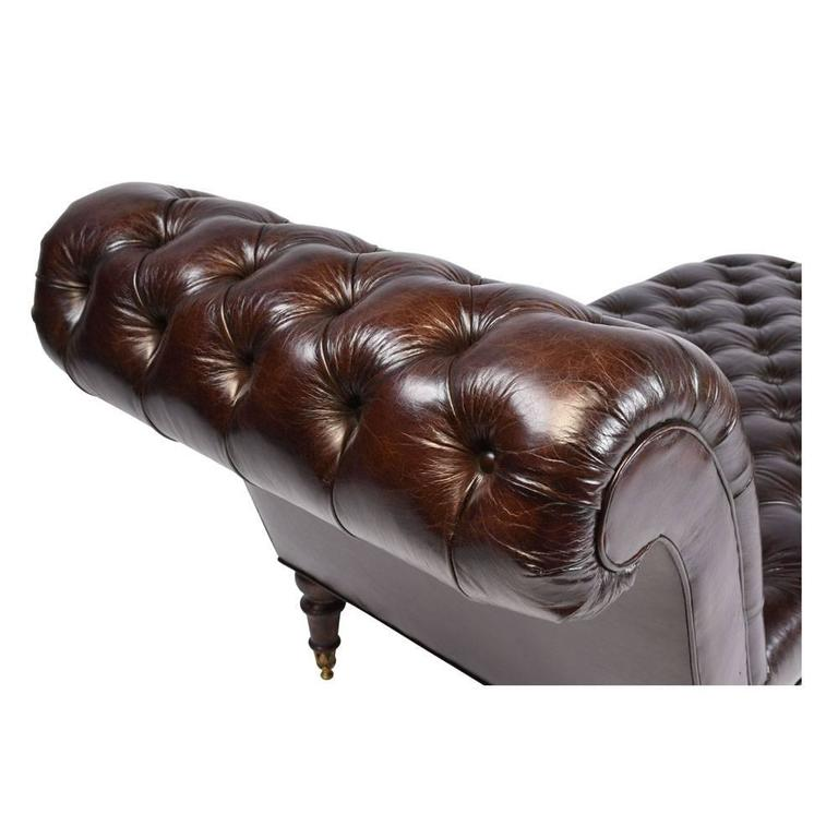 Vintage tufted leather chesterfield style chaise longue for Chaise longue leather