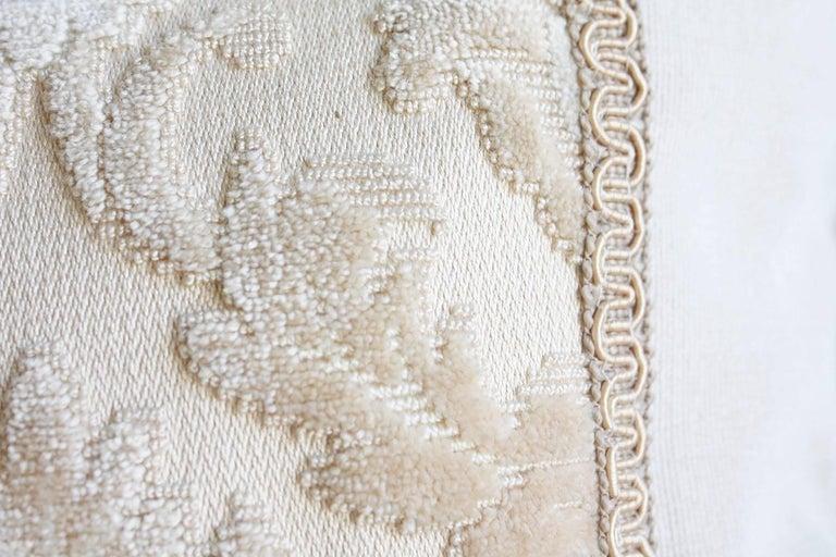 20th Century Pair of Louis XVI-Style Throw Pillows For Sale