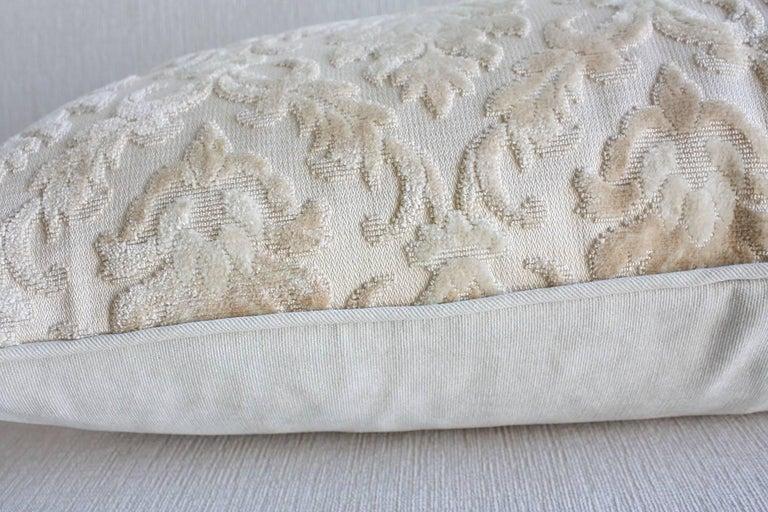 Pair of Louis XVI-Style Throw Pillows For Sale 3