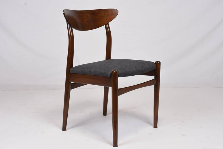 Set of Six Danish Dining Chairs In Excellent Condition For Sale In Los Angeles, CA