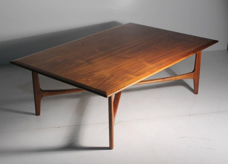 20th Century Danish Modern DUX Folke Ohlsson Coffee Table with X-Stretcher For Sale