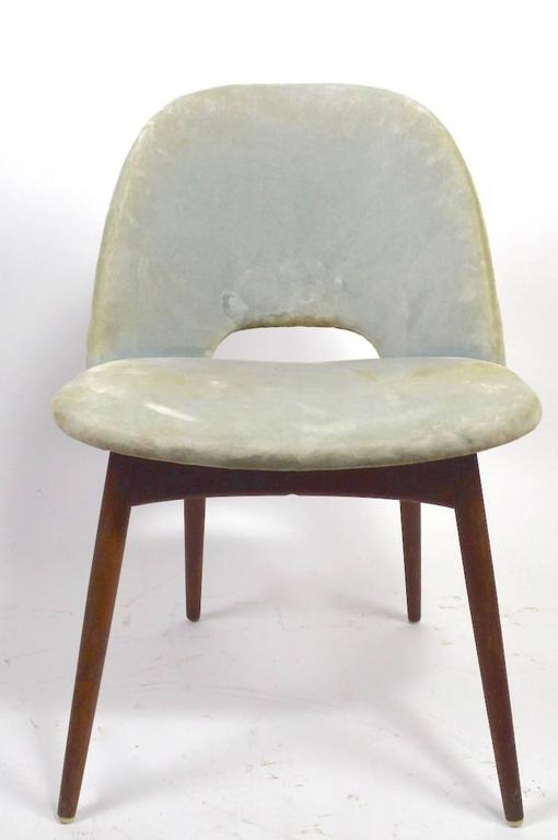 20th Century Set of Four Pearsall Dining Chairs For Sale
