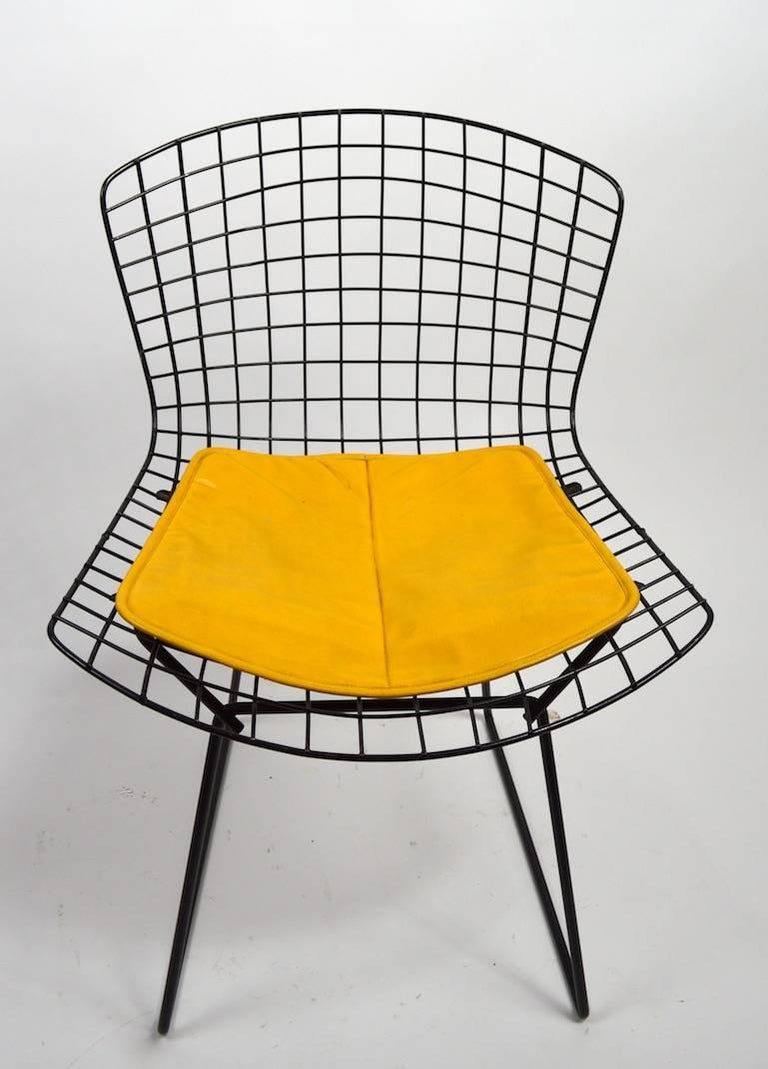 Pair of Bertoia for Knoll Wire Side Chairs For Sale at 1stdibs