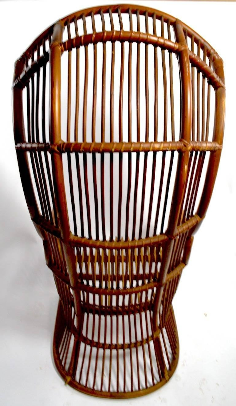 29118864 together with Id F 7453413 besides Black And White Chair Cushions further Antique Rocking Chairs Uk together with Id F 788576. on wicker barrel chair with cushion seat and back